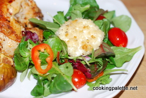green salad with warm goat cheese (10)