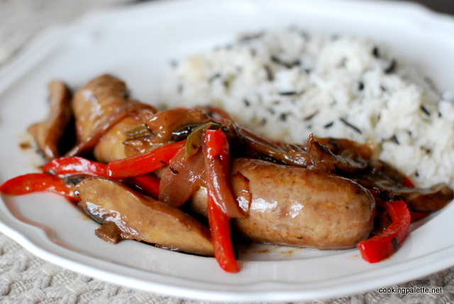 sausages with glazed mushrooms, onions and peppers (23)