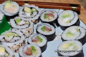 sushi rolls (40)