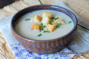 cauliflower parmesan soup with parmesan croutons (6)