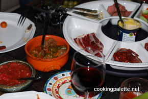 spanish tapas meatballs (7)