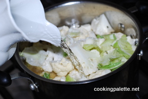 cauliflower soup with truffle oil (6)