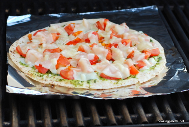 flat bread with topping grilled (9)-001