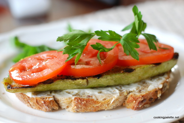 opened sandwich with grilled veg (4)
