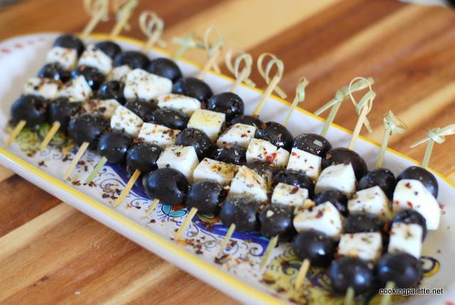 olive mozarella kabobs (3)