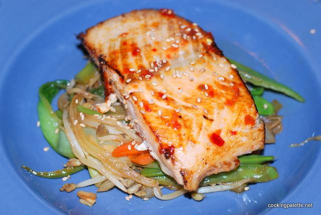 asian salmon with veg stir fry (9)