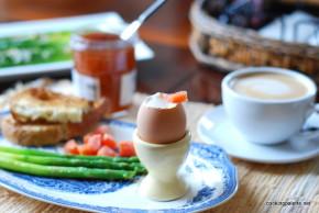 asparagus with soft egg (28)