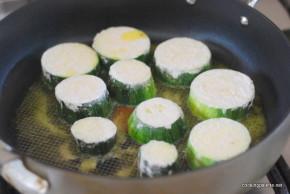 zucchini fried parsley yogurt sauce (2)