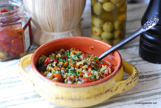 olive sun dried tomato salsa (8)