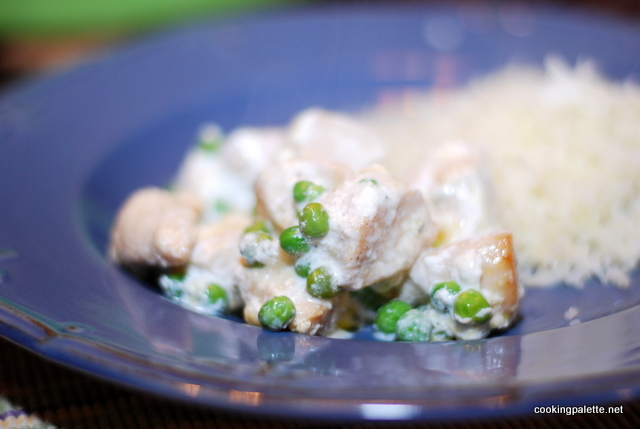 chicken breast with green peas (20)