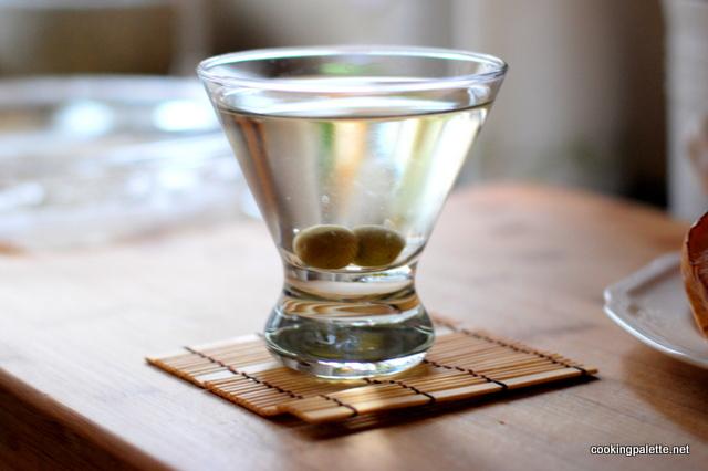 classic dry martini (1)