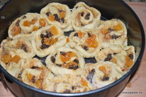 sweet rolls (8)